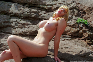 Picture 20 - Amber Chase on FTV MILFs